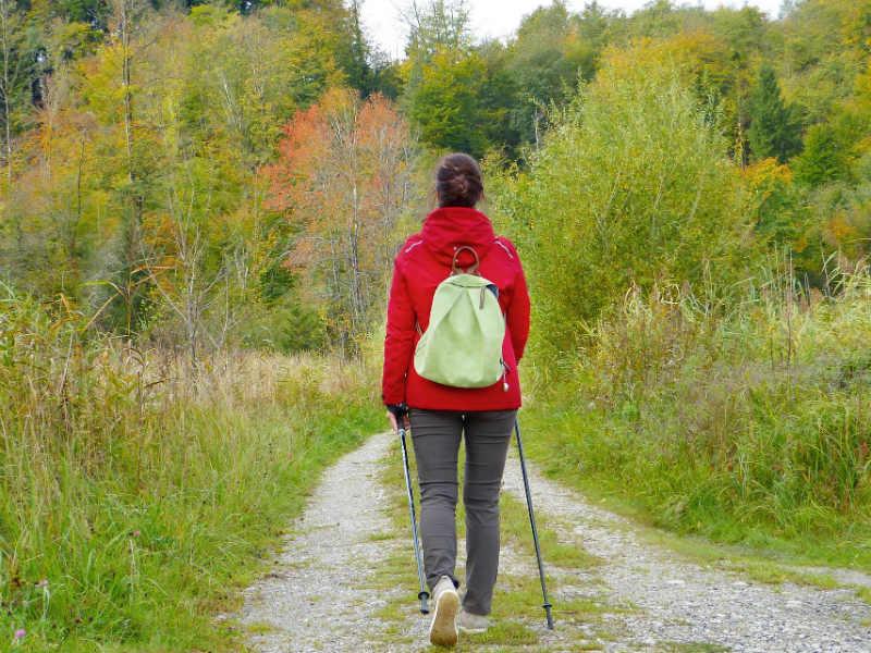 Andar para tratar la osteoporosis