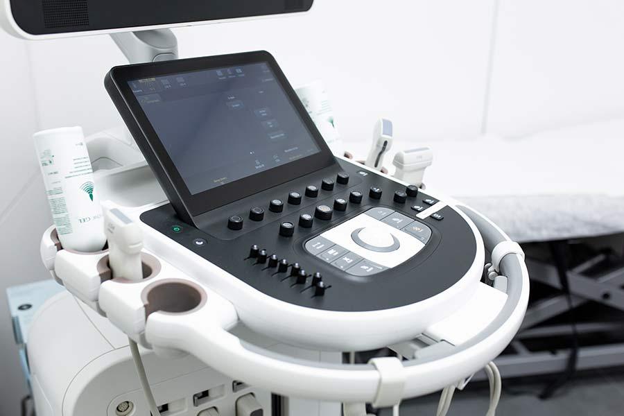 ¿Qué son las enfermedades renales y cómo se diagnostican mediante ecografías abdominales?